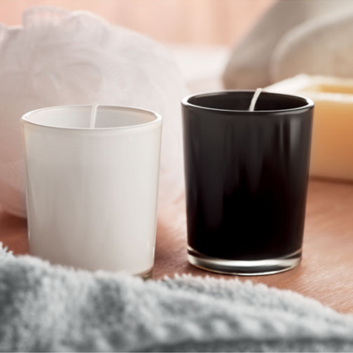 Ароматна свещ в чаша